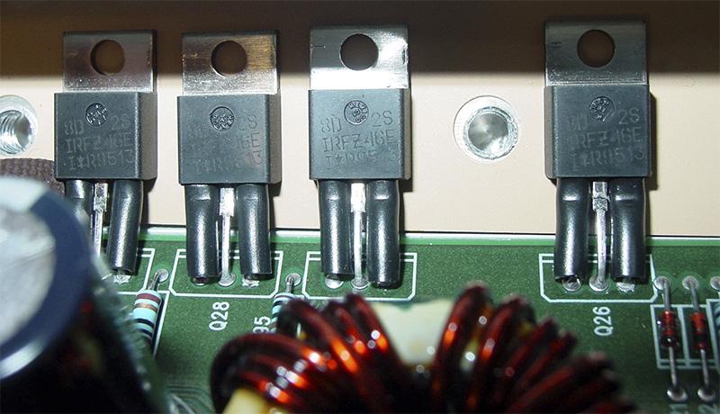 Fuente de alimentacion conmutada en amplificador de car audio